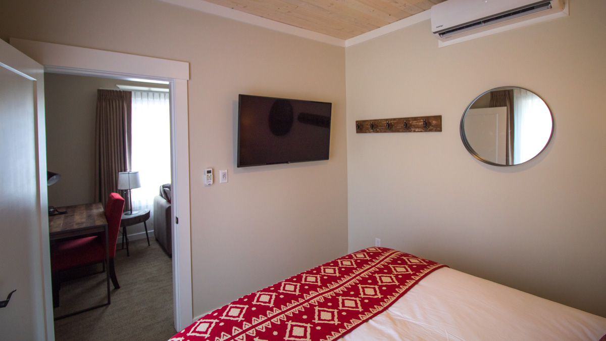 single-room-bedv3